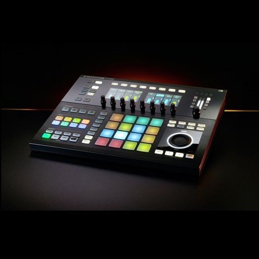 Native Instruments Maschine Studio black B-Ware